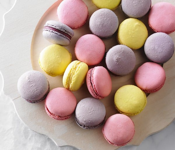 Fruity macaroons