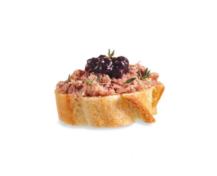 LE MANS RILLETTES WITH BLUEBERRY JAM ON BAGUETTE