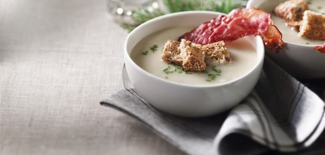 Cauliflower and crisped ham soup