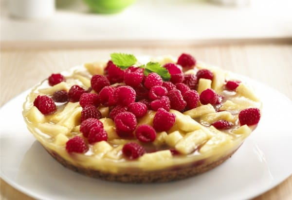 Pineapple-raspberry pie